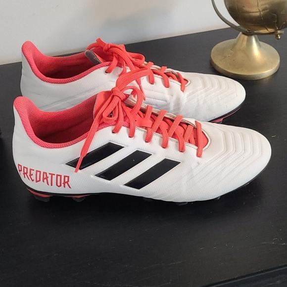 Adidas Predator 18.4 Soccer Cleats
